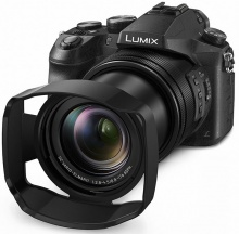 Panasonic Lumix DMC-FZ2000 + 32GB pam. karta