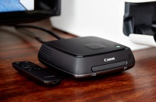 Canon Connect Station CS100  na stole